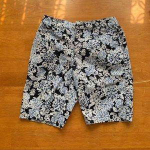 Size 4 Croft & Barrow Classic Fit Shorts